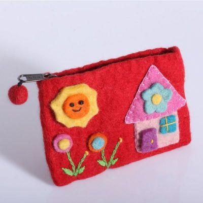 Torba z czerwonym domkiem
